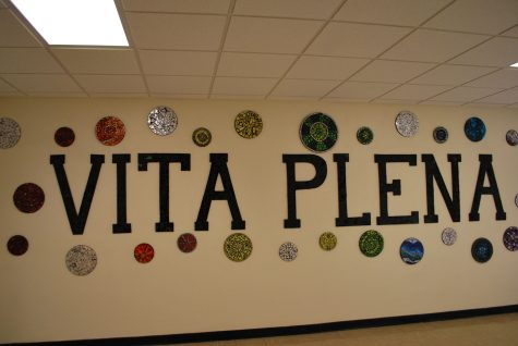 Class Board creates mosaic