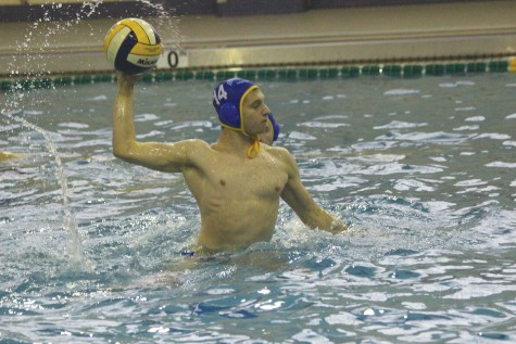 Boys water polo dives into state