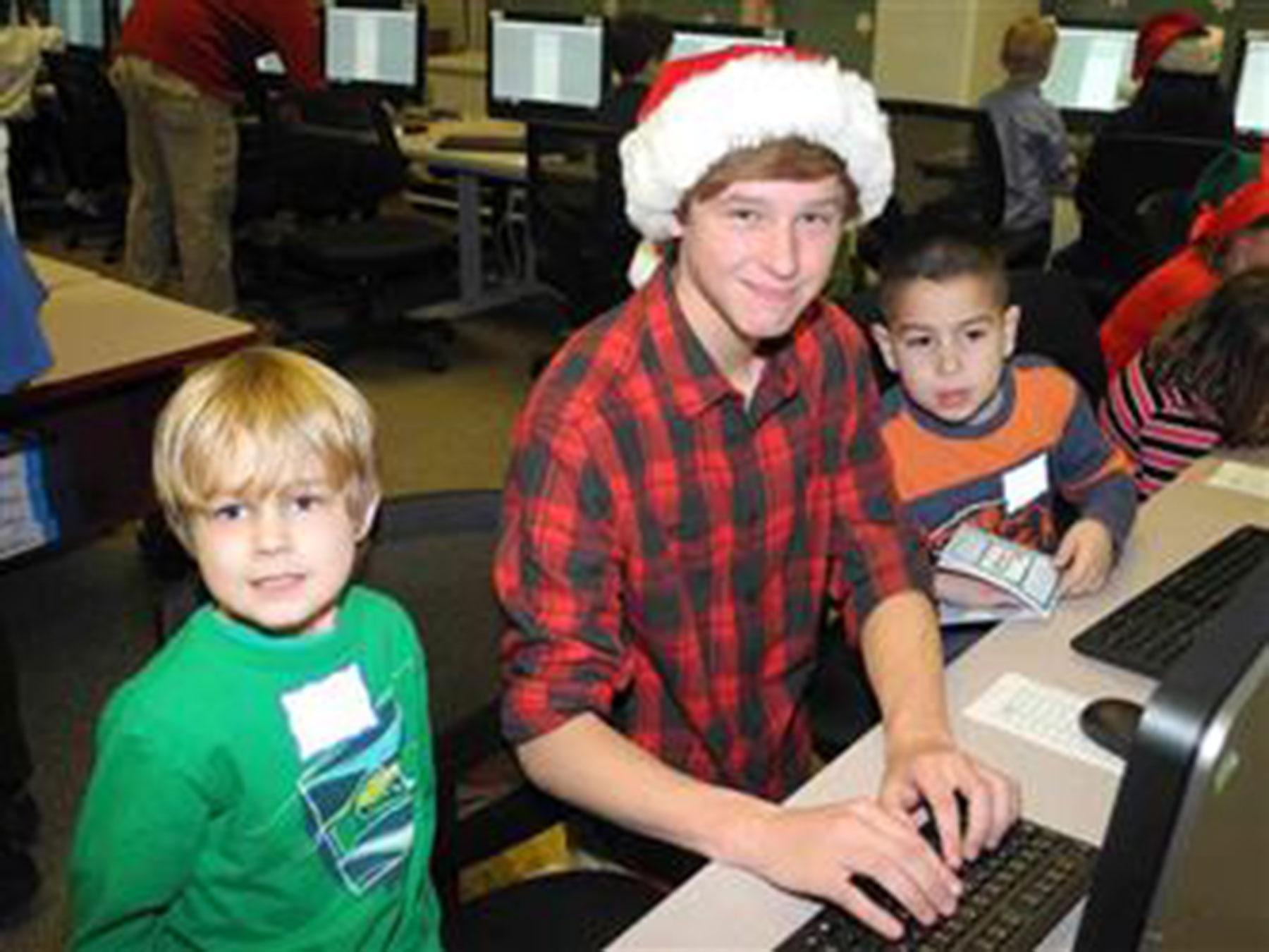 A student volunteer (lths.net)