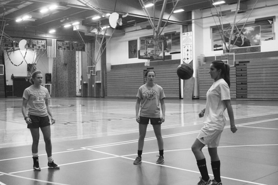 Ivana Vukanic '16 juggles and works on ball handling during a winter practice session (Kristen Roemer).