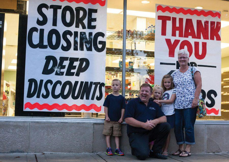 After+42+years%2C+DeVries+closes+its+doors