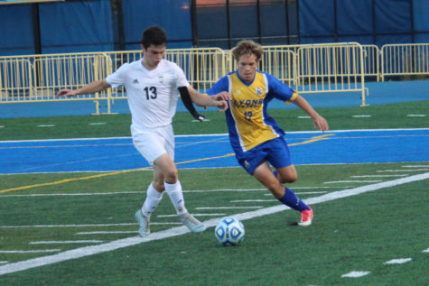 Super-Sectionals loss ends varsity soccer season