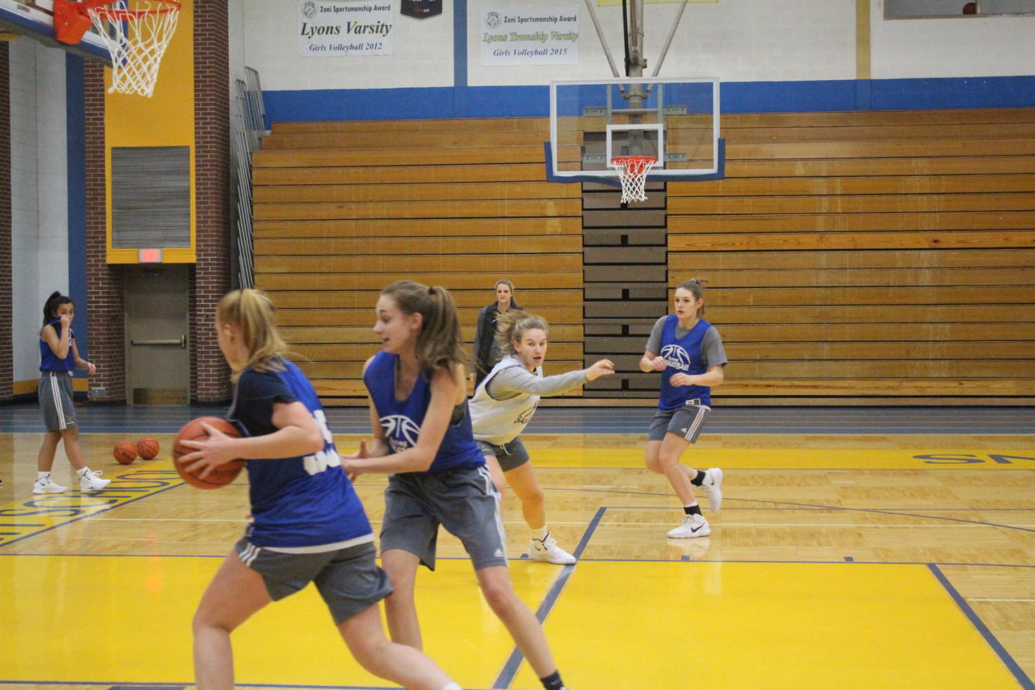The team practices a scrimmage game to improve their ball-handling skills and competitiveness (Kahn/LION).