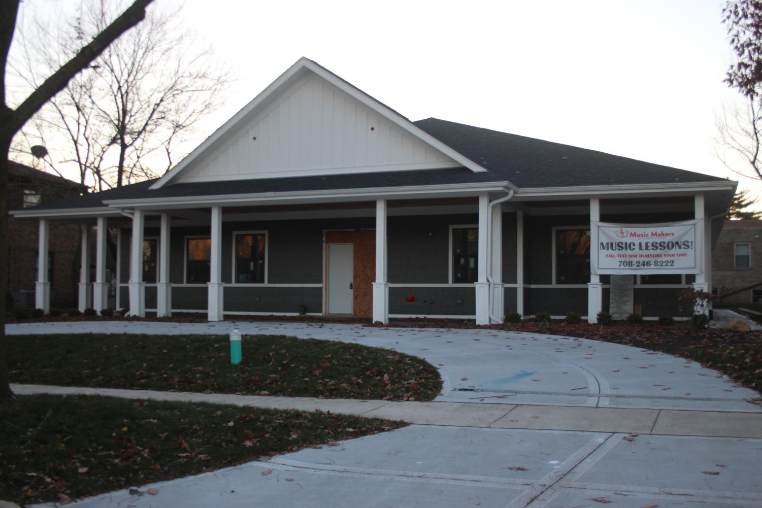 New Music Makers building in Western Springs, located at 4332 Howard Ave. (McCormick/LION).