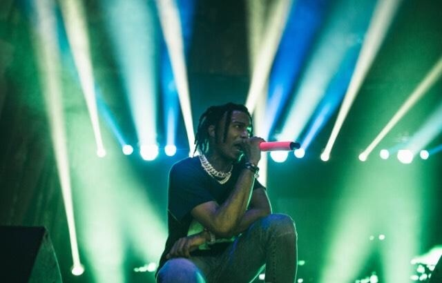 Playboi Carti performs at the Aragon Ballroom (Reblin).