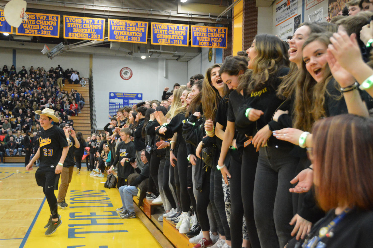 LT Weirdos get hyped up at the LT Blackout Game Feb. 22. (Breen/LION)