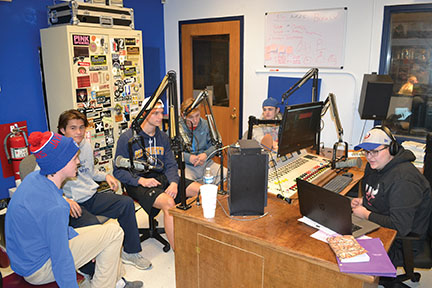 LT seniors create college football podcast