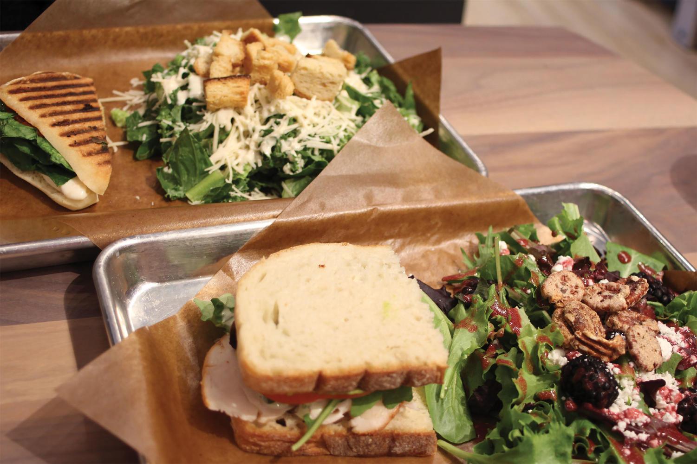 Array of salads and sandwiches Blackberry Markey (Kulat/LION).