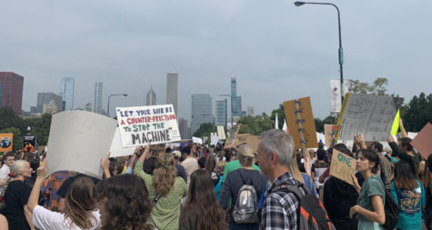 Students participate in Chicago Youth Climate Strike