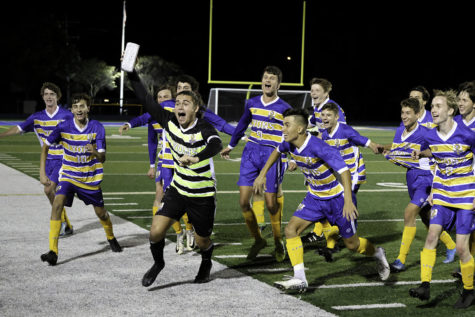 Boys varsity soccer advances into postseason