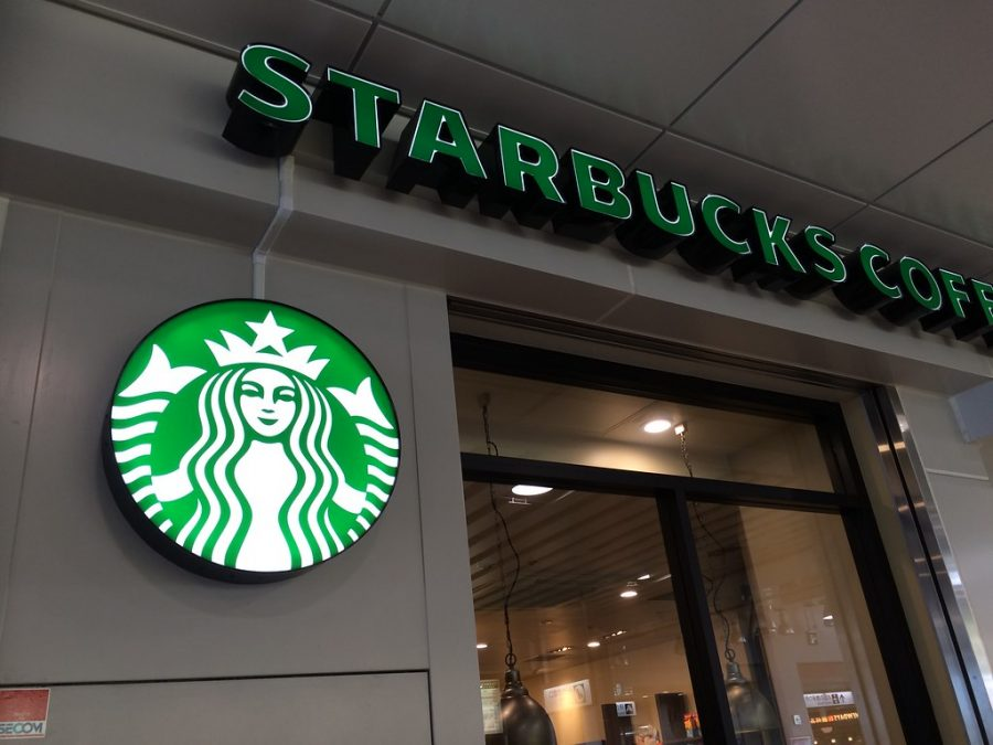 Outside of Starbucks and logo (courtesy of creative commons)