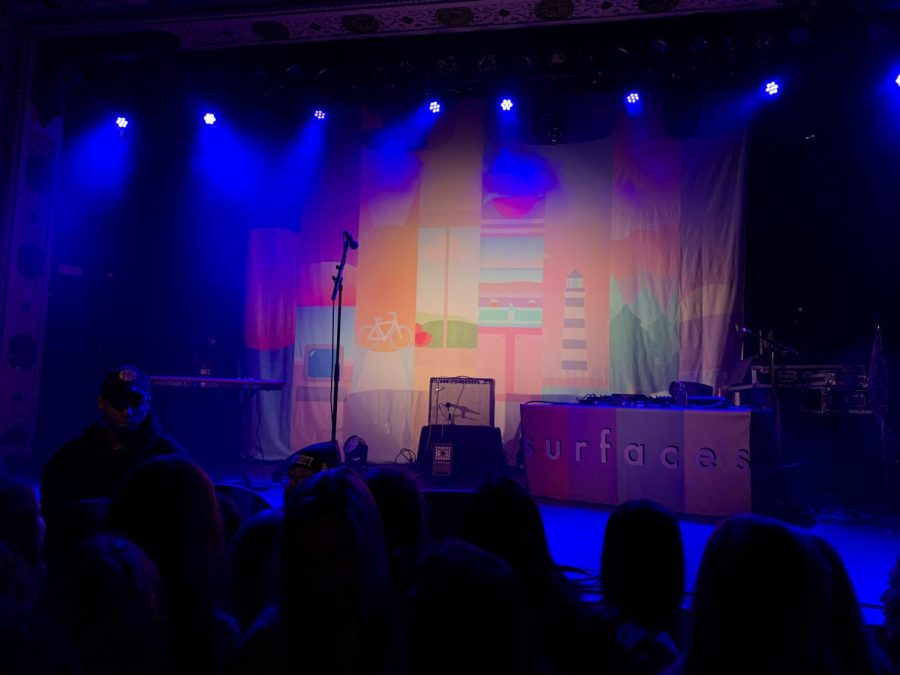 The stage at the Surfaces concert (LION/Williams)