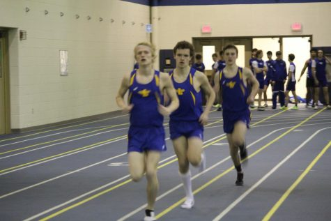 Boys track and field prepares for season meets