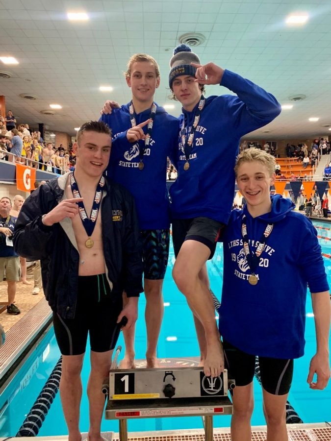 Freestyle relay ream places first at state